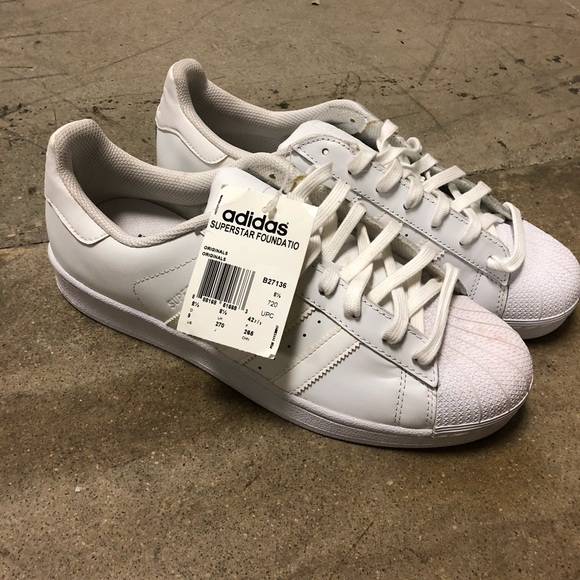 adidas Other - Men s all white superstar adidas size 9. 870aef7a8